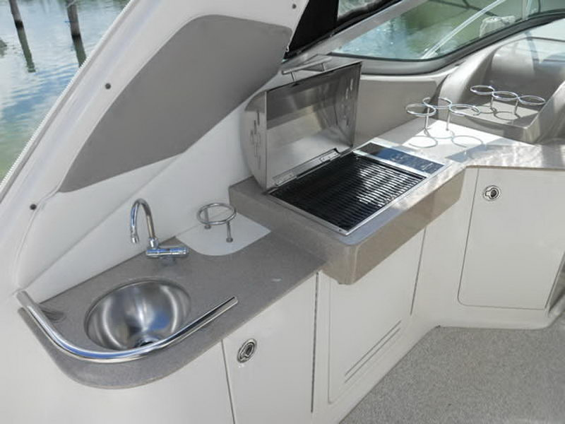 Searay Interior