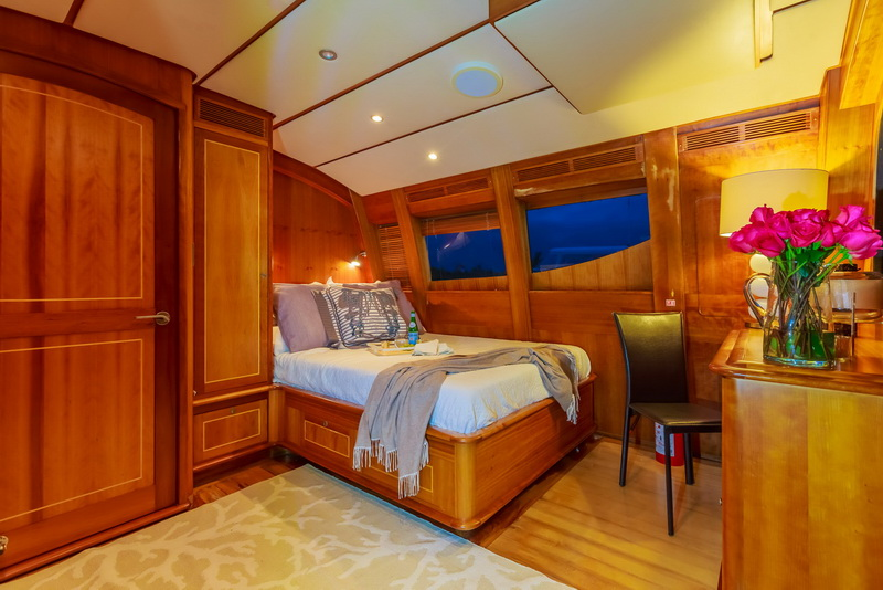 Suite room of yacht