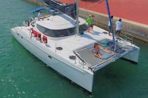 Catamaran Lavezzi 42