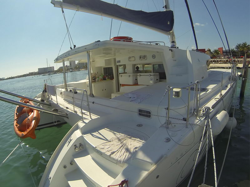 Rent a Lagoon 550 Catamaran