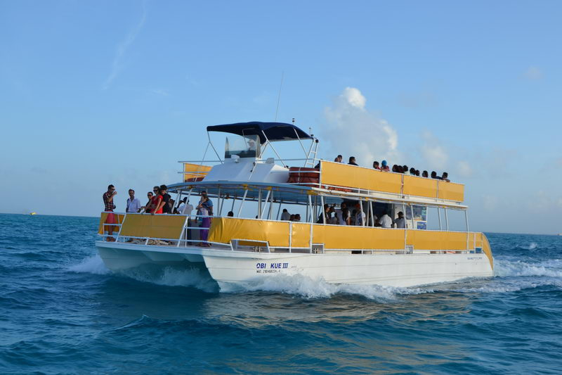 Catamarans on rent for groups 1 to 150 people