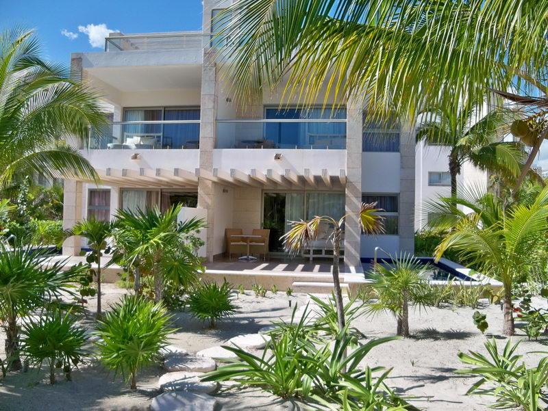 Marina La Amada en Playa Mujeres alquiler barcos de pesca Yates de ...