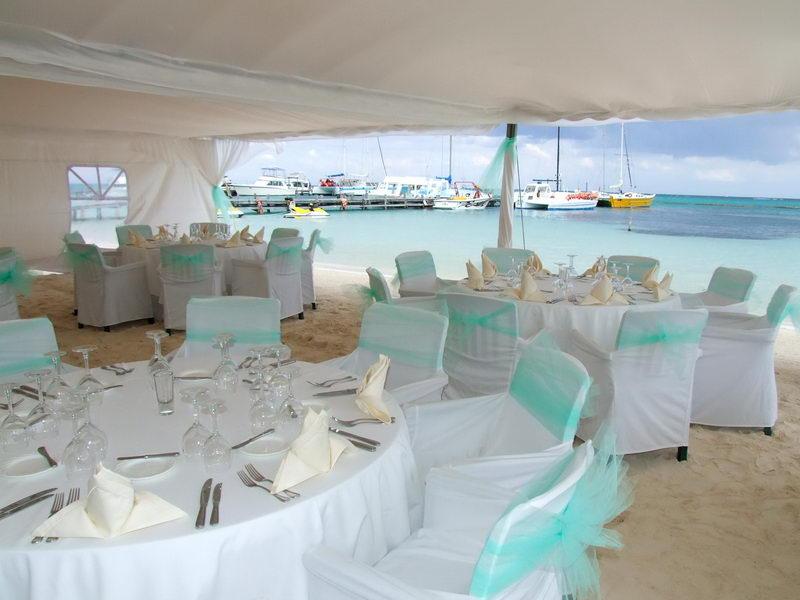 Romantic Beach Catamaran For Special Events Weddings Aniversary Groups Meetings